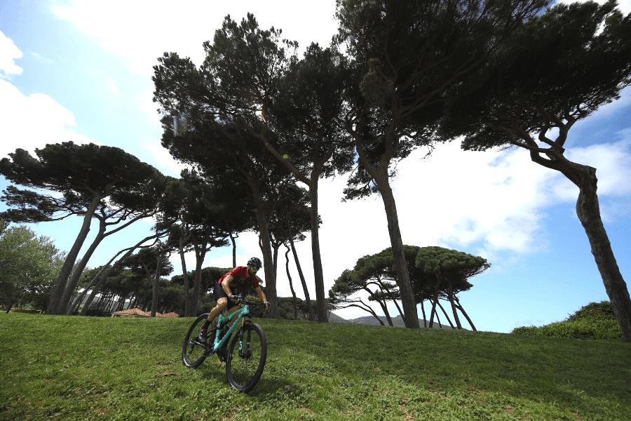 Jazda na rowerze z góry